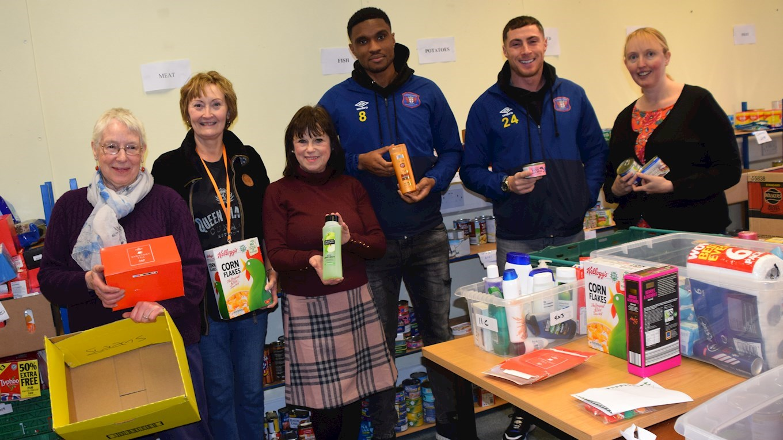Foodbank Etuhu And Jones Deliver Donations News